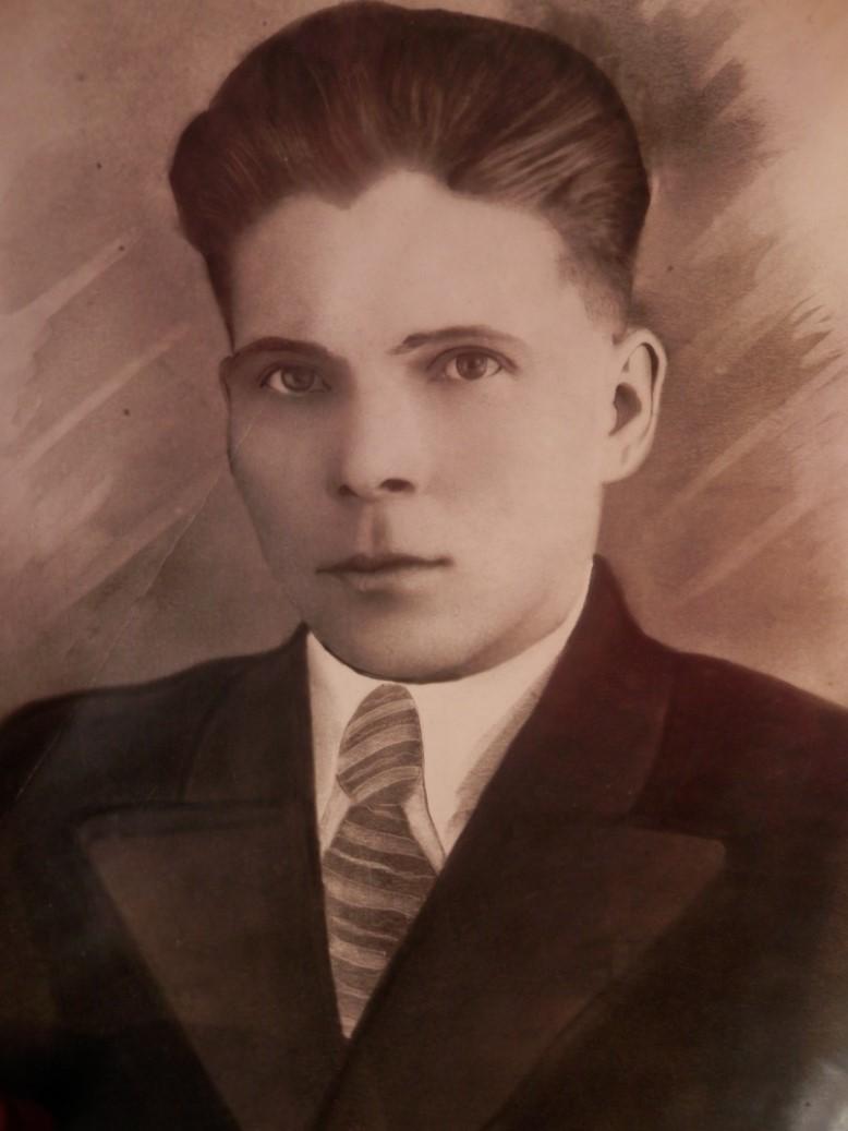 Долотов Иван Андреевич. Из архива Долотовой Ю.